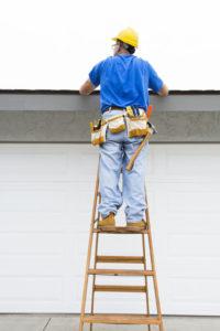 San Ramon roofer prepares roof replacement estimate
