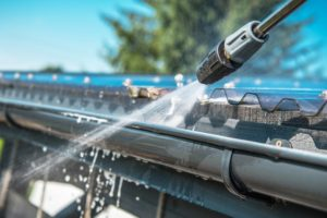 Los Gatos Roofing - gutter cleaning
